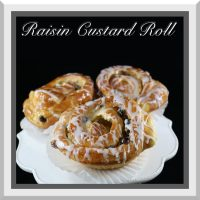 Raisin Custard Roll